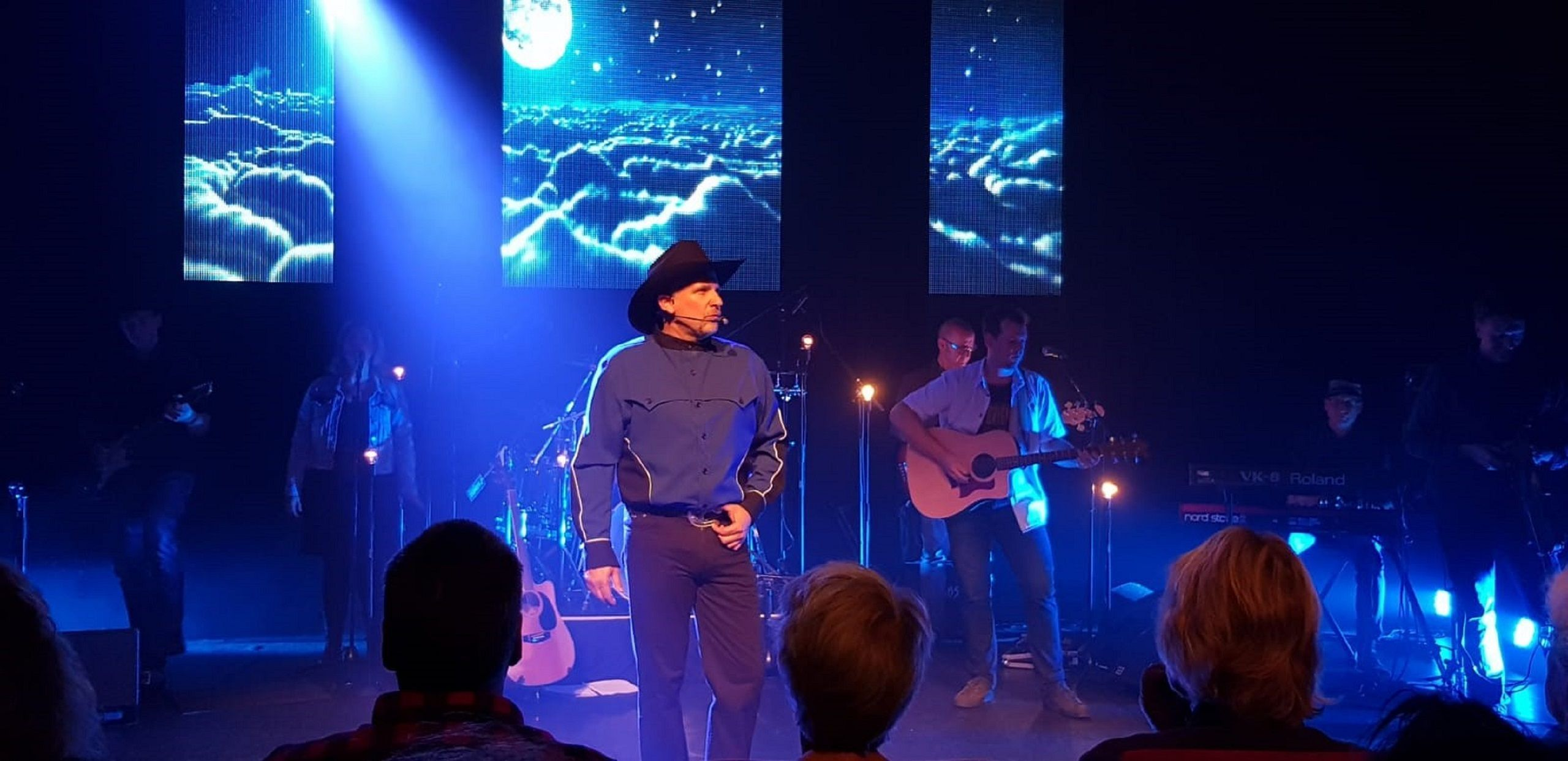 Garth_Brooks_Experience_1